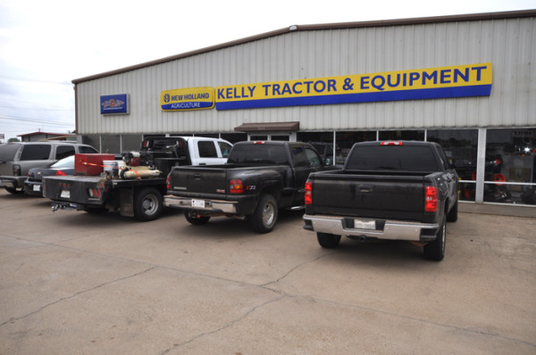 Kelly Tractor and Equipment exterior - Longview, Tex.