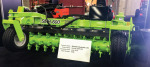 /ext/galleries/gie-expo-2016/full/Schulte-Industries-SMR-800-Windrower.jpg
