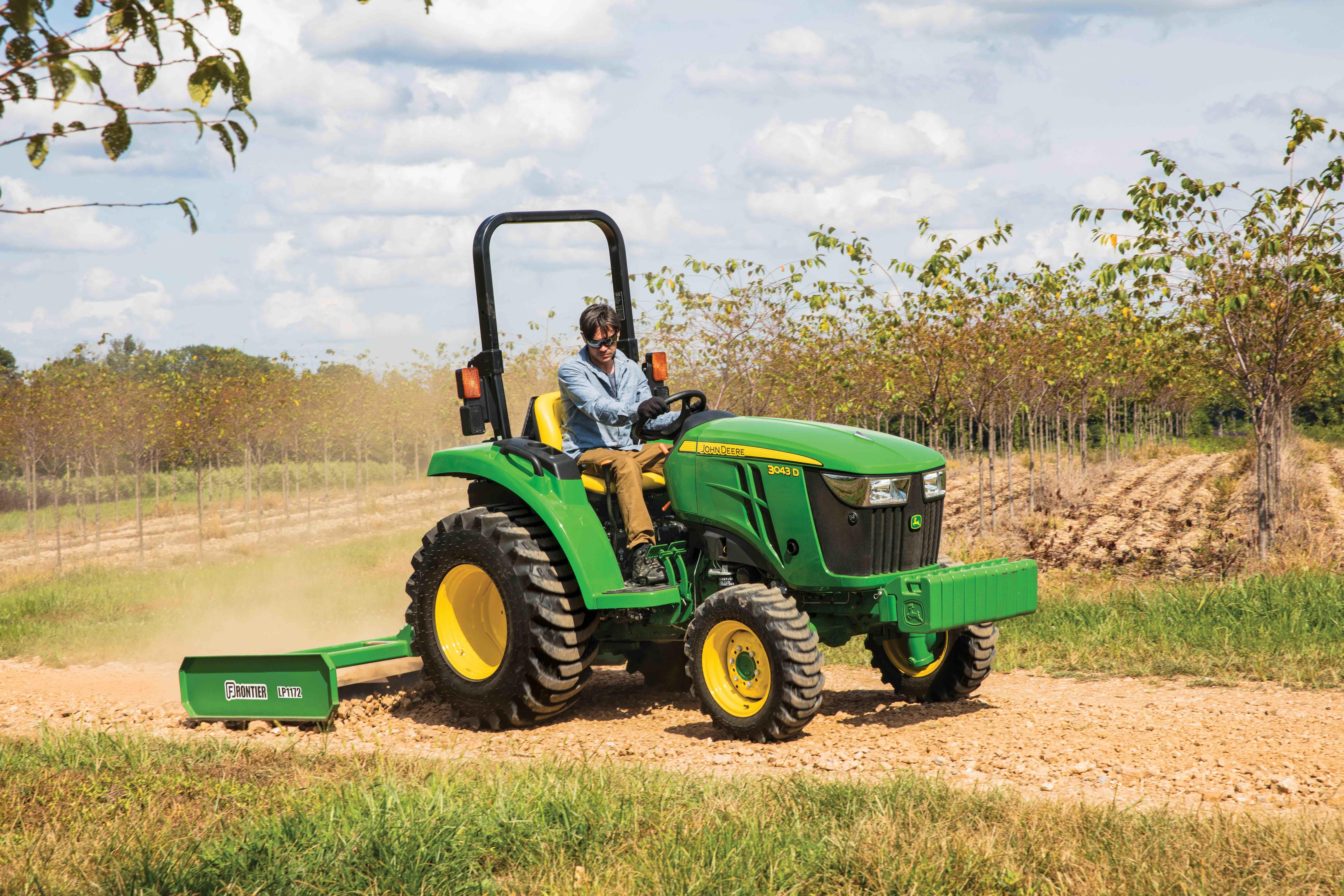 John Deere 3D compact utility tractor