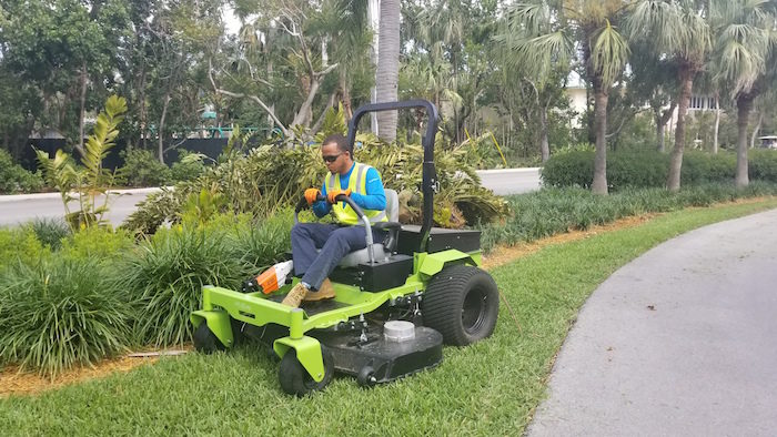 Greenworks zero-turn mower
