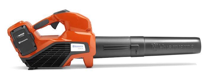 Husqvarna 436LiB Battery-Powered Leaf Blower_1018  copy