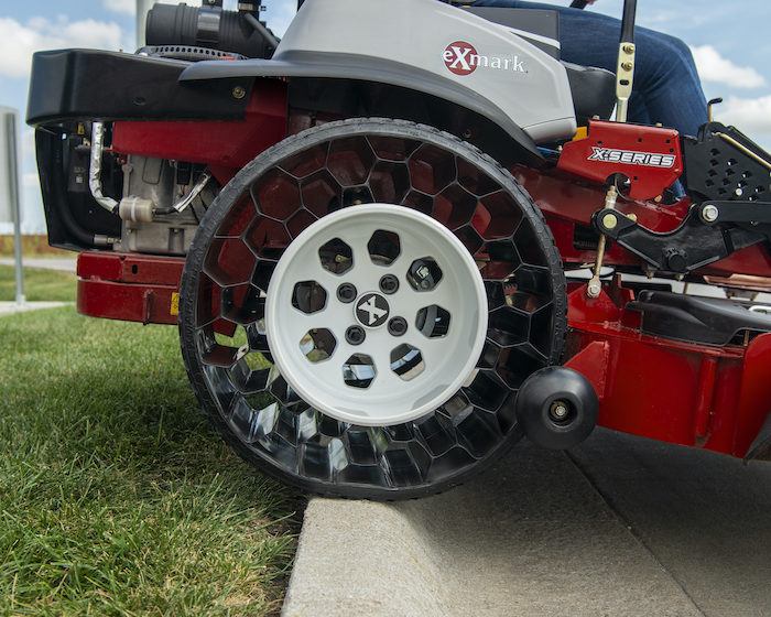Exmark Airless Tractus Tire and Wheel Combo_0520 copy