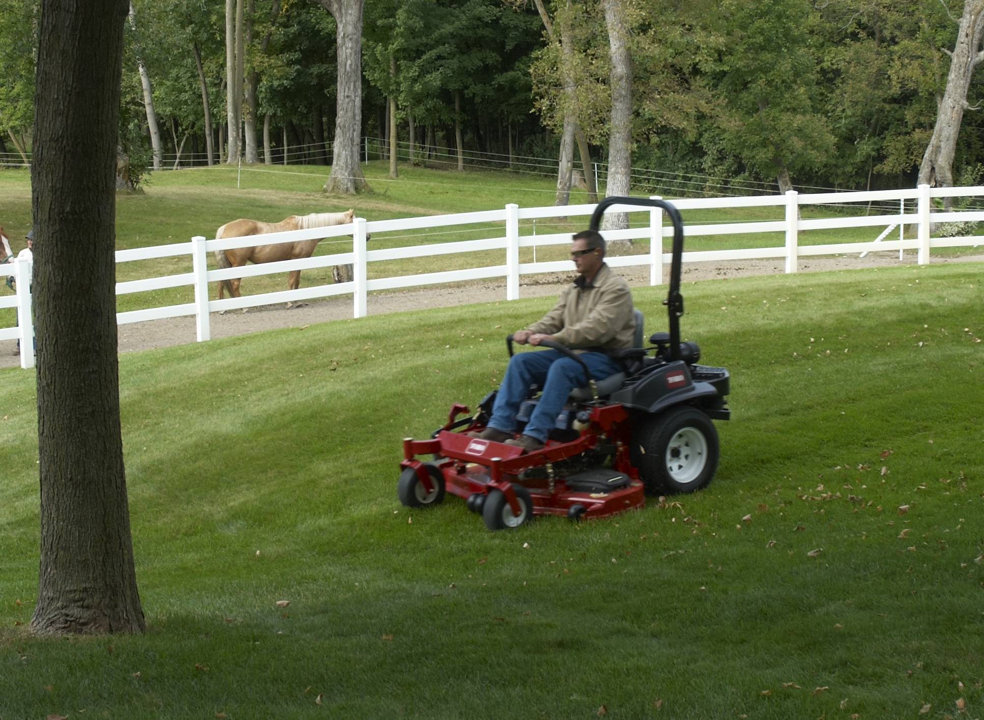 Toro Z Master Commercial 2000 Series Mowers