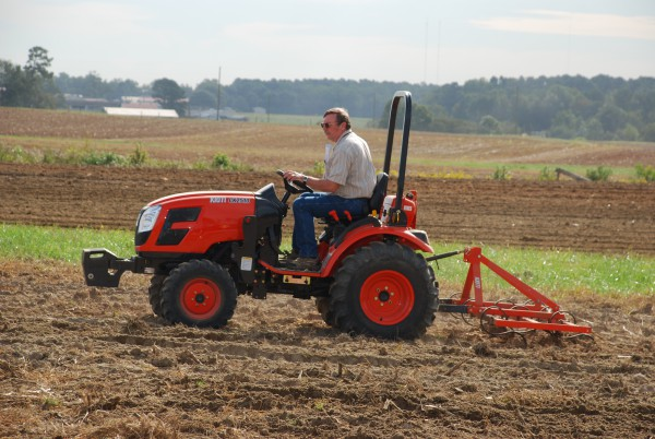 Feature: Kioti Introduces Tier 4 Engines, New Tractor Series at