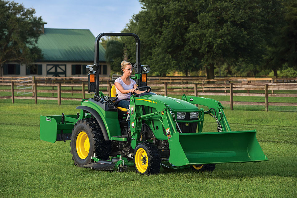 John Deere Expands 2R Series Compact Utility Tractors